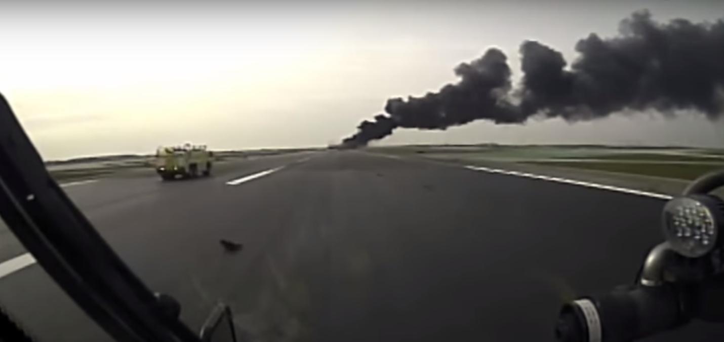 Chicago Crash Truck Dash Cam Videos of 767 Engine Fire – Legeros ...